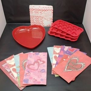 Other - Valentines Day Treat Bags Heart Dish Candy Molds